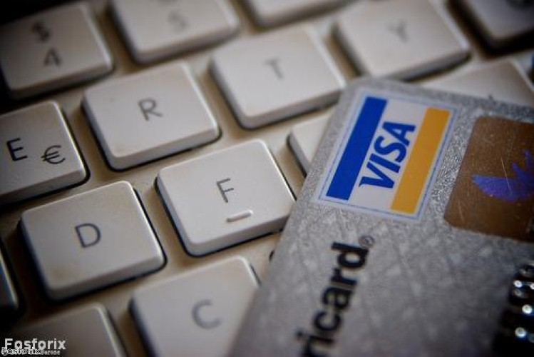 Over half of Brits to rely on credit cards for Christmas